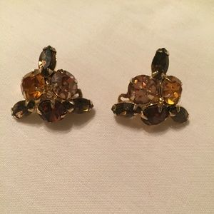 VINTAGE ALICE CAVINESS CLUSTER OF CRYSTAL EARRINGS